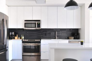Kitchen Vinyl Wraps and Appliances